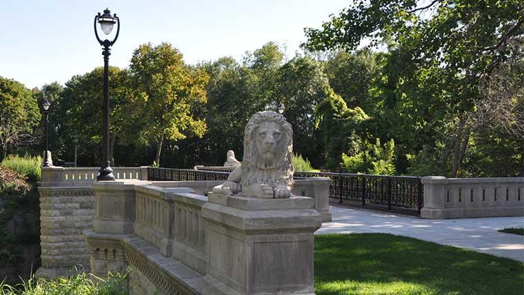 Lake park historic bridge entrance