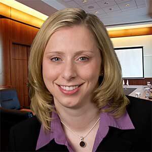 Lisa Kinsman headshot