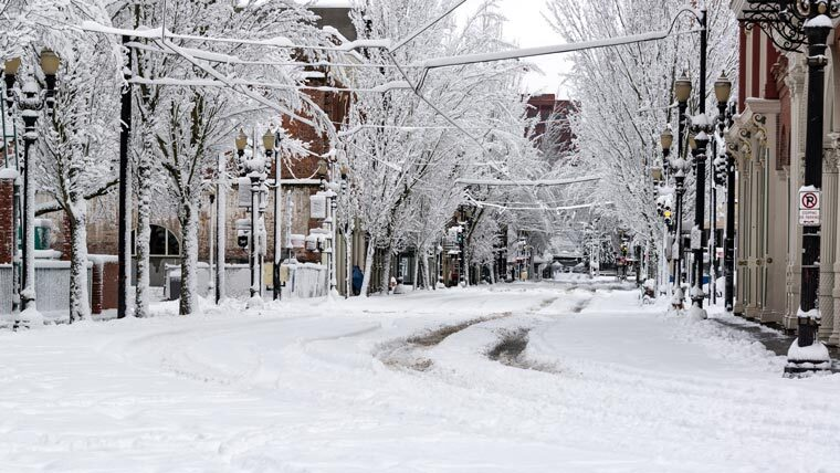 Cold weather climate downtown