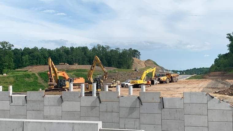 Constructing retaining wall