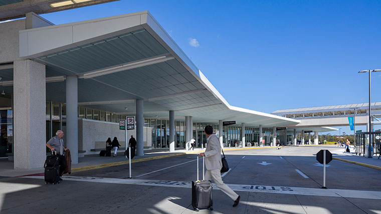 Charleston-Airport-Exterior-Walkway