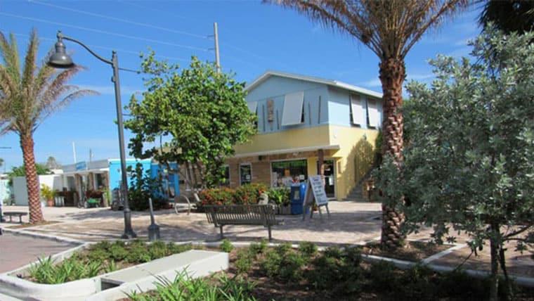 Cocoa Beach Minutemen Causeway Stormwater & Streetscape Improvements