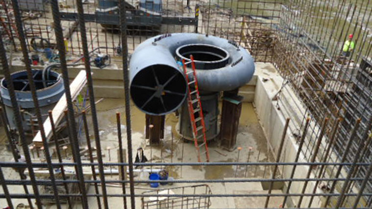 Building structure for hydroelectric dam