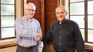 Mark Perkins and Andy Platz shake hands