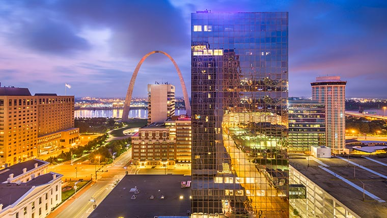 St. Louis skyline and arch