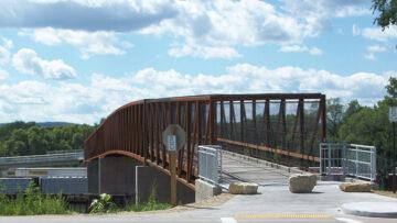Sideview of pedestrian bridge over railyard