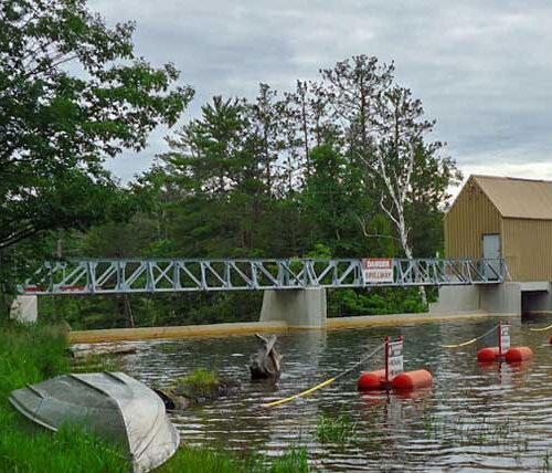 Tourist park dam