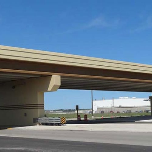 Sideview of Milwaukee Airport perimeter road bridge